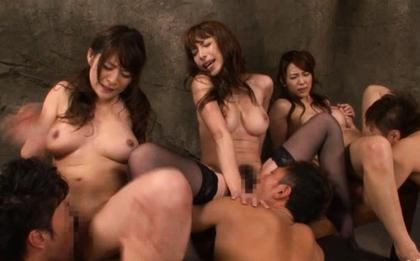 Ueda Misaki Kinky Asian model