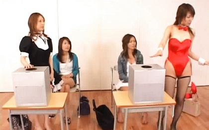 Japanese babe in crazy sex game